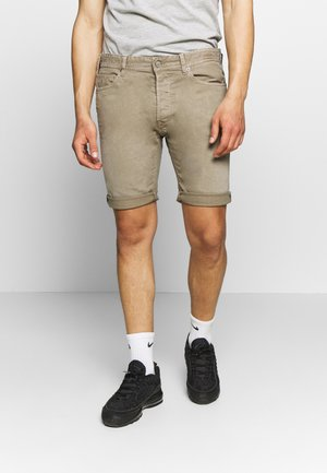 MA981B SHORT - Denim shorts - mud