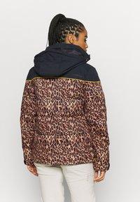 DC Shoes - DIVA JACKET - Snowboard jacket - leopard_fade - 2