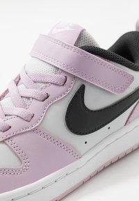 Nike Sportswear - COURT BOROUGH - Sneakers laag - photon dust/off noir/iced lilac/white - 2