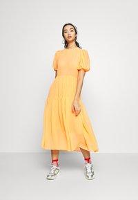Never Fully Dressed - TIERED SHEER MIDI DRESS - Denní šaty - orange - 0