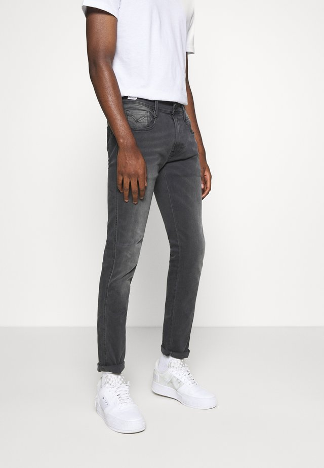 ANBASS HYPERFLEX RE-USED - Jean slim - medium grey
