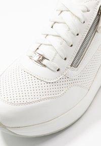 Tata Italia - Tenisky - white - 2