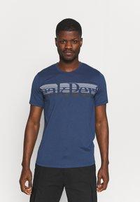 Peak Performance - EXPLORE TEE - Print T-shirt - stone veil - 0