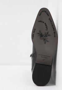 Scotch & Soda - OPAL MID BOOT - Vysoká obuv - black - 6