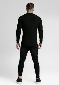 SIKSILK - LONG SLEEVE BRUSHED GYM TEE - Maglietta a manica lunga - black - 2
