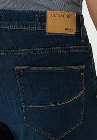 BRAX - STYLE BALI - Denim shorts - deep blue sea - 4