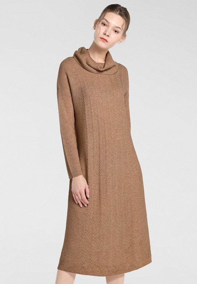 Vestito di maglina - karamell