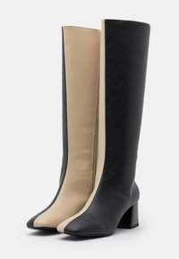 Monki - PATTIE BOOT VEGAN - Boots - black/beige - 2