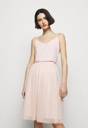 KISSES MIDI SKIRT EXCLUSIVE - A-line skirt - pink encore