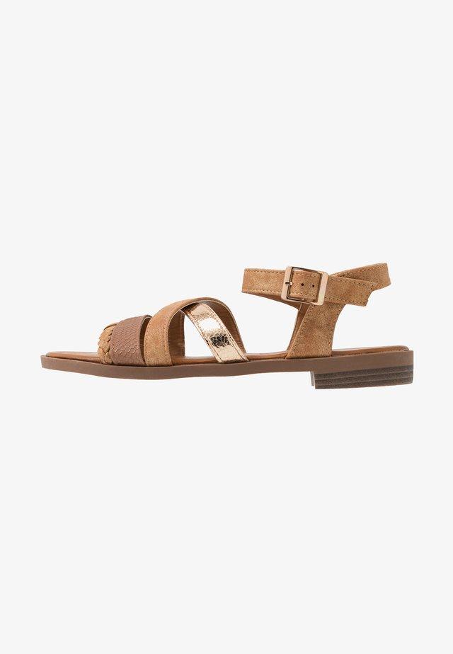 LARA - Sandals - brandy