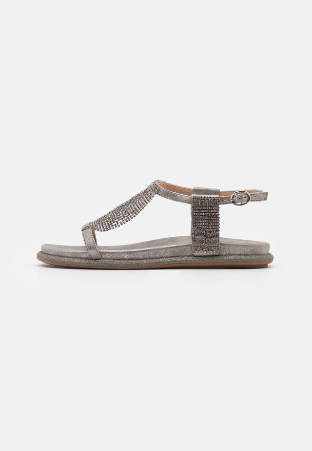 Sandały - lisboa pewter