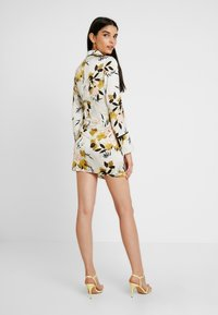 Missguided - DRESS FLORAL - Hverdagskjoler - cream - 3