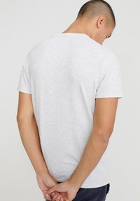 Superdry - TEE - T-shirt print - light grey - 2