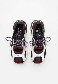 adidas by Stella McCartney - ASMC ULTRABOOST - Obuwie do biegania treningowe - core black/maroon - 3