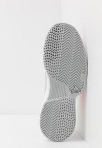 adidas Performance - GAMECOURT - Multicourt tennis shoes - grey two/signal orange/grey three - 4