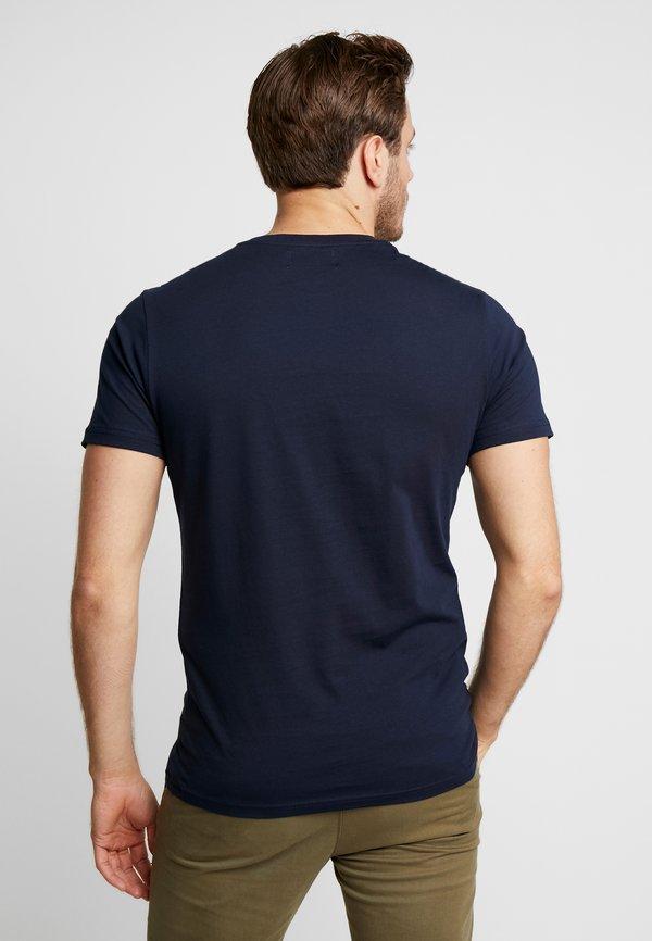 Pier One T-shirt z nadrukiem - dark blue/granatowy Odzież Męska RQVD