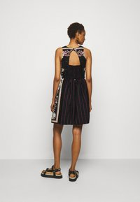 TWINSET - ABITO - Denní šaty - multicolor - 2