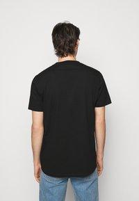 Holzweiler - OSLO TEE - Print T-shirt - black - 2