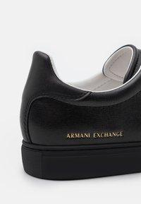 Armani Exchange - Sneakers laag - black - 5