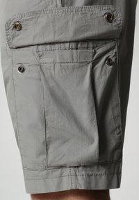 Napapijri - NOTO - Shorts - medium grey solid - 3