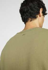 Selected Homme - SLHRELAXLUIS - Mikina - aloe - 4