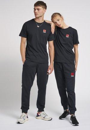 GRAHAM - Print T-shirt - black
