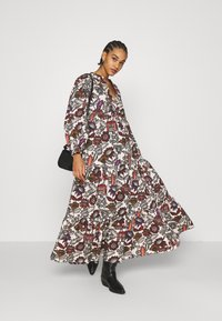 Scotch & Soda - VOLUMINOUS PRINTED ORGANIC DRESS - Denní šaty - white/brown - 1
