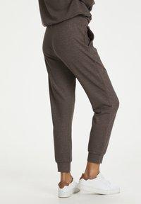 Kaffe - Pantalon classique - grey brown w. silver lurex - 2
