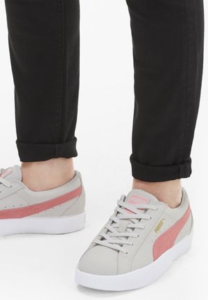 LOVE  - Sneakers laag - vaporous gray-luminous peach