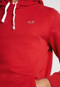 Hollister Co. - CORE ICON - Hoodie - red - 5