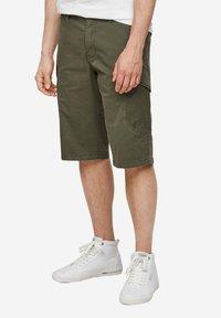 s.Oliver - Shorts - olive - 5