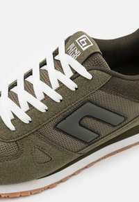 Blend - Sneakersy niskie - dusty olive - 5