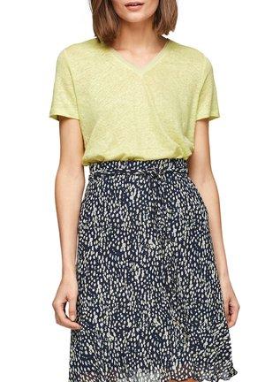 Basic T-shirt - lime yellow
