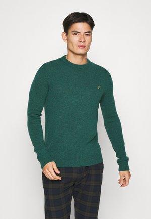 ROSECROFT - Stickad tröja - emerald green
