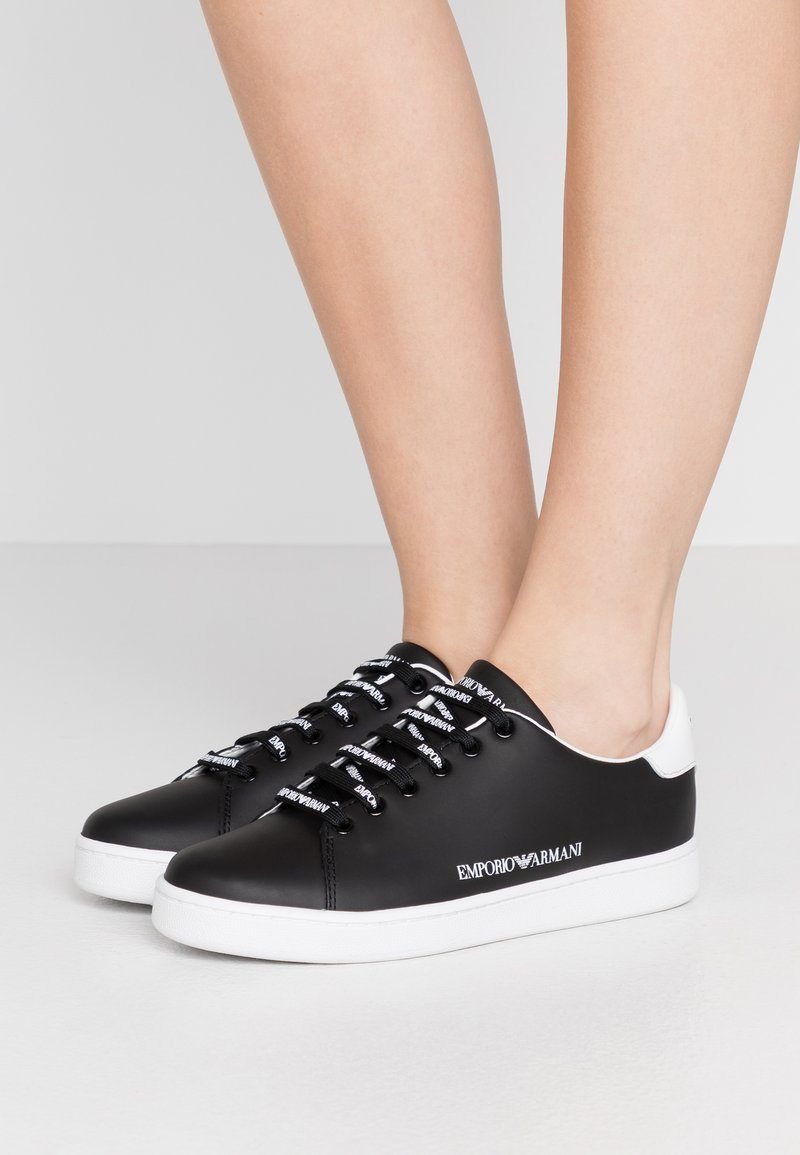 Emporio Armani - Zapatillas - black/white