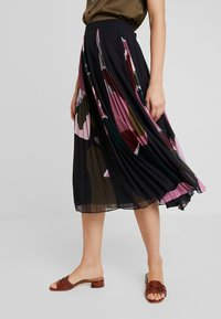 Ted Baker - MEEYA - A-line skirt - black - 0