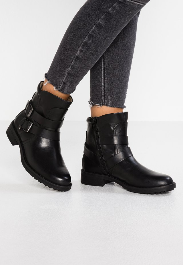 VMVILMA BOOT - Cowboy/biker ankle boot - black