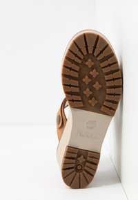 Timberland - KORALYN BAND WEDGE - Pantolette hoch - rust - 6