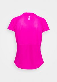 Under Armour - SPEED STRIDE SHORT SLEEVE - T-shirt con stampa - meteor pink - 1