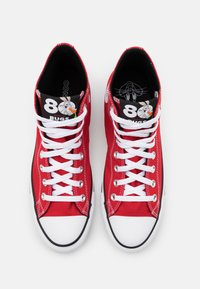 Converse - CHUCK TAYLOR ALL STAR BUGS BUNNY - Baskets montantes - red/white/black - 3