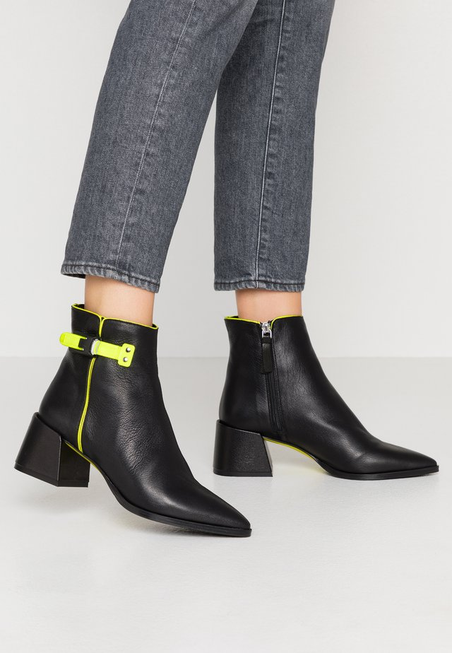 ALANA - Classic ankle boots - matrix nero