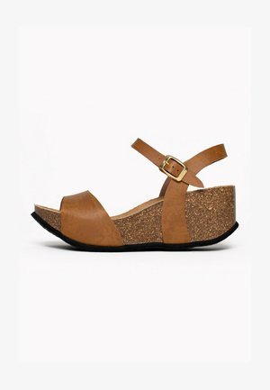 Wedge sandals - light brown