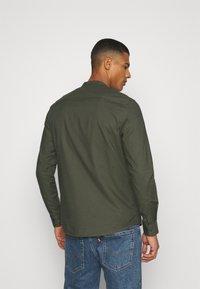 Burton Menswear London - LONG SLEEVE OXFORD GRANDAD 2 PACK - Shirt - black/karki - 3