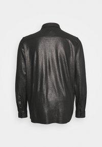 Twisted Tailor - SLEDGE SHIRT PLUS - Košile - black - 1