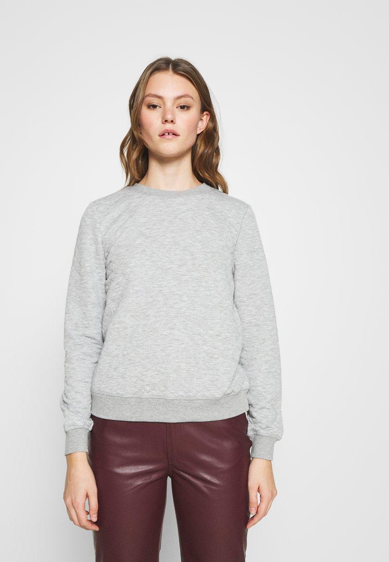 ONLY - ONLJOYCE O-NECK  - Sweatshirt - light grey melange