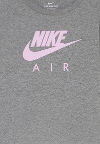 Nike Sportswear - TEE AIR CROP - Long sleeved top - carbon heather - 2