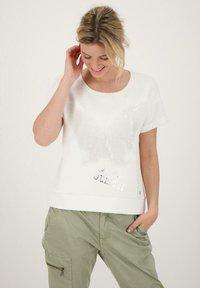 Monari - Print T-shirt - beige - 0