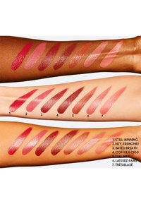 MAC - LOVE ME LIQUID LIPCOLOUR - Liquid lipstick - très blasé - 2
