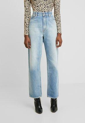 ALICE - Jeans baggy - vintage light blue