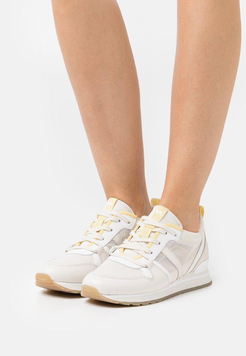 MICHAEL Michael Kors - DASH TRAINER - Trainers - cream